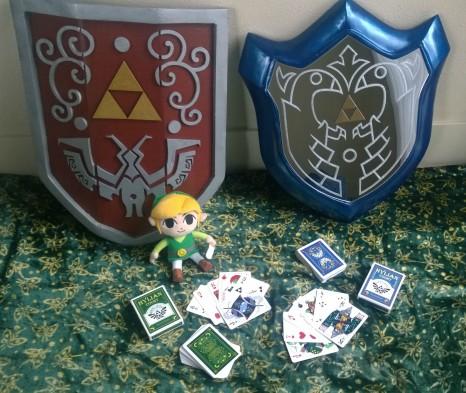 Fan de Zelda construye réplicas de los escudos de Wind Waker